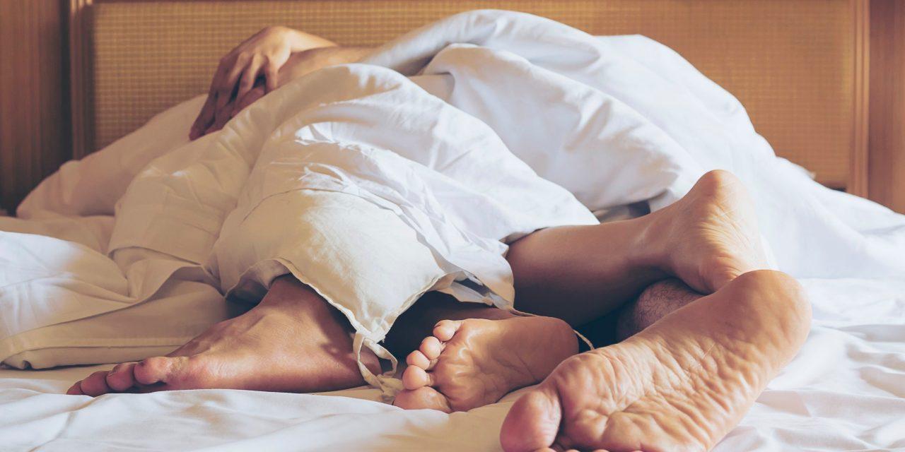 je anální sex starší ženy, které milují anální sex